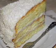 Gâteau au coco à étages